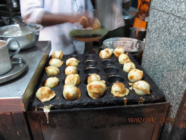 Paddu - The Indian brother of Aebleskiver cooked to perfection